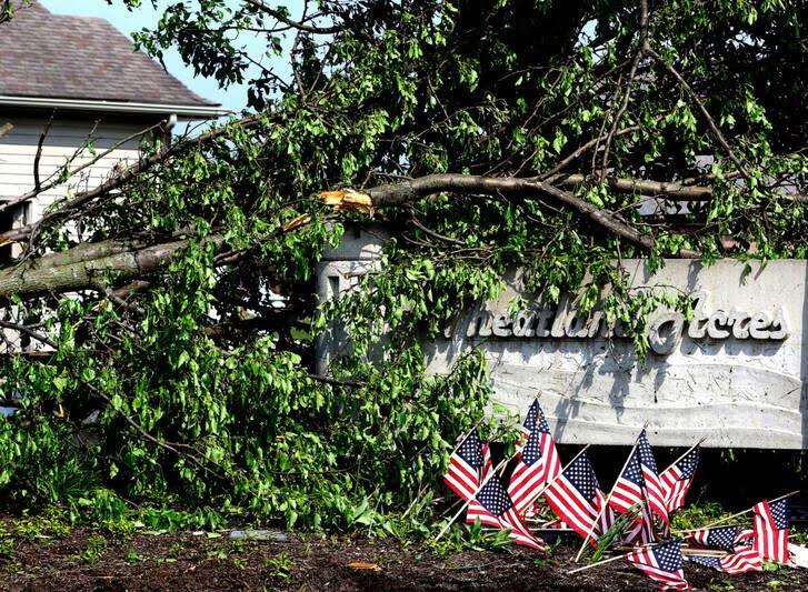 طوفان اوهایو امریکا 10 - تصاویر/ اوهایو امریکا غرق در تاریکی شد