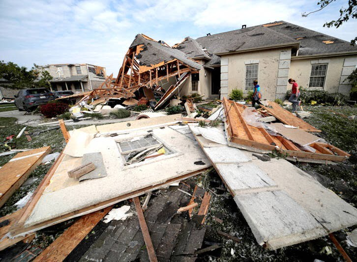 طوفان اوهایو امریکا 8 - تصاویر/ اوهایو امریکا غرق در تاریکی شد