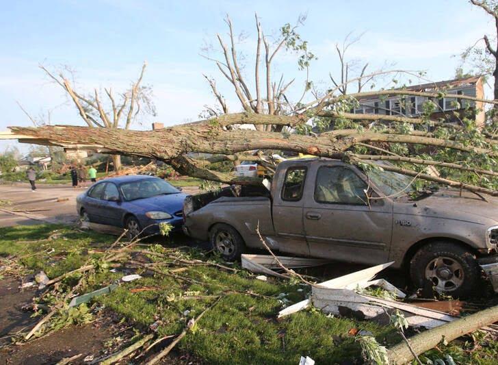 طوفان اوهایو امریکا 9 - تصاویر/ اوهایو امریکا غرق در تاریکی شد