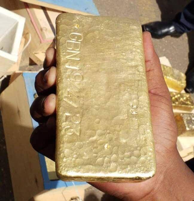 قاچاق طلا3 - تصاویر/ عملیات قاچاق طلا در آسمان متوقف شد