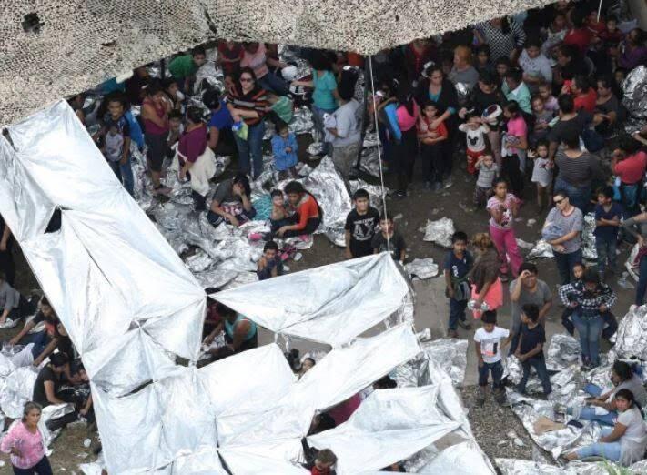 مهاجران4 - تصاویری از مصیبت های مهاجران در سرحدات امریکا