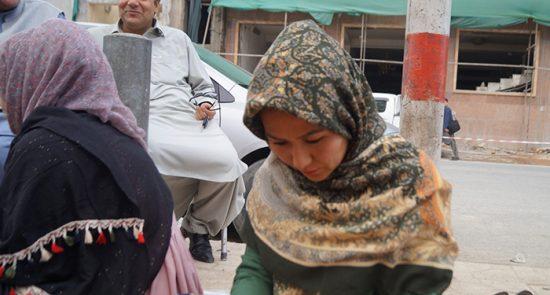 مینا نادری 550x295 - خیمه تحصن نامزد انتخابات ولسی جرگه هنوز پابرجاست!
