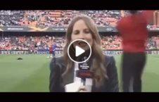 ویدیو وقوع حادثه برای گزارشگر زن 226x145 - ویدیو/ وقوع یک حادثه عجیب برای گزارشگر زن