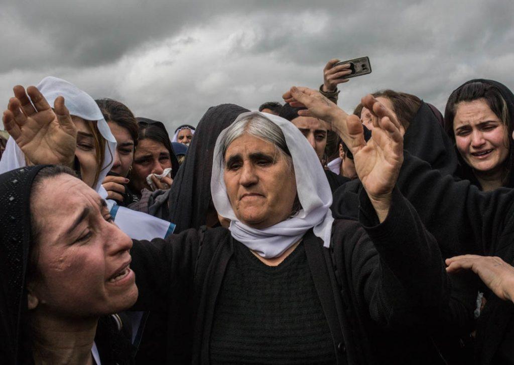 ایزدی 2 1024x727 - این زن ۲ سال برده جنسی داعش بود! + تصاویر