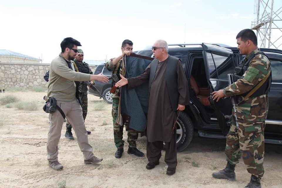 جنرال دوستم 6 - تصاویر/ قدرت نمایی جنرال دوستم برای طالبان
