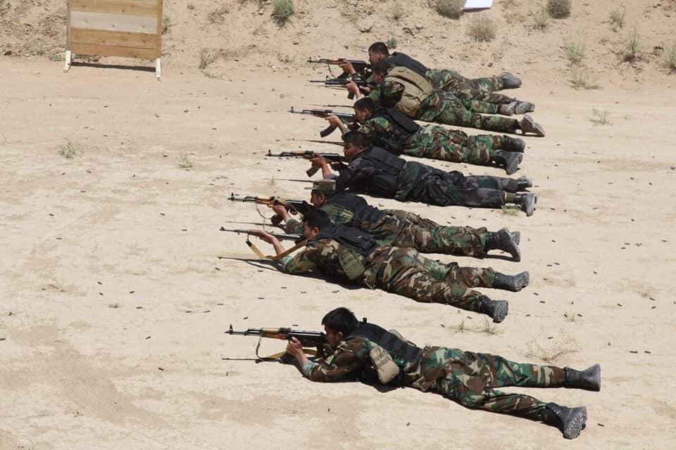 جنرال دوستم 7 - تصاویر/ قدرت نمایی جنرال دوستم برای طالبان