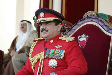 حمد بن عیسی - جمله عجیب یک روزنامه بریتانیایی در وصف حاکم بحرین