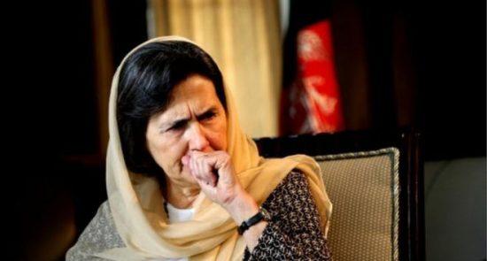 رولا غنی 550x295 - تاکید بانوی نخست کشور بر دفاع از حقوق زنان افغان