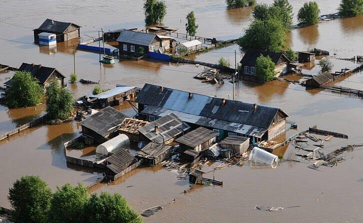 سیل روسیه 1 - تصاویر/ جاری شدن سیلاب ها در مناطقی از روسیه