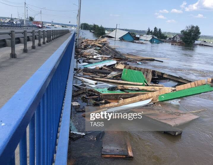 سیل روسیه 7 - تصاویر/ جاری شدن سیلاب ها در مناطقی از روسیه