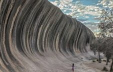 صخره آسترالیا 226x145 - تصویر/ صخره ای به شکل موج بحر در آسترالیا