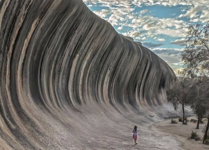 صخره آسترالیا - تصویر/ صخره ای به شکل موج بحر در آسترالیا