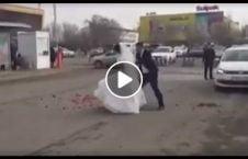 ویدیو جنجالی دعوای عروس داماد سرک 226x145 - ویدیویی جنجالی از دعوای عروس و داماد در سرک