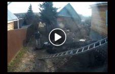 ویدیو سقوط پایه برق زن کهنسال 226x145 - ویدیو/ سقوط پایه برق روی زن کهنسال