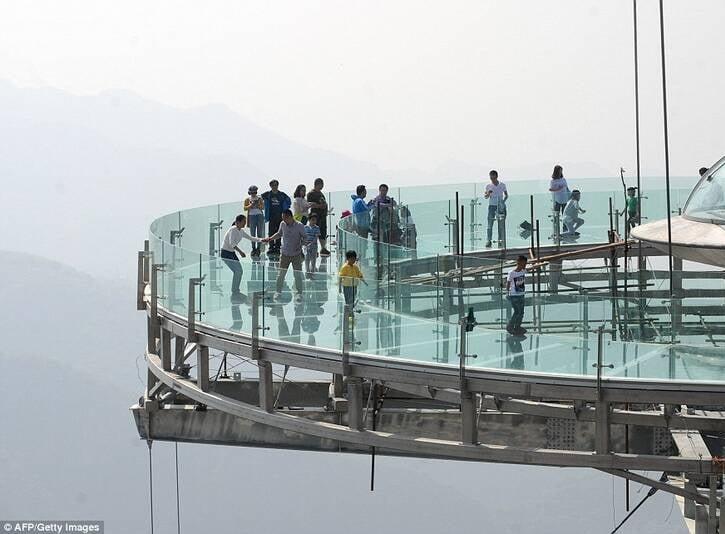 پل شیشه ای4 - تصاویر/ پل جذاب و دیدنی در پکن
