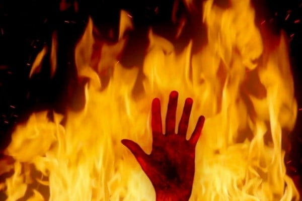 آتش - آتش سوزی در اردوگاه پناهجویان در یونان