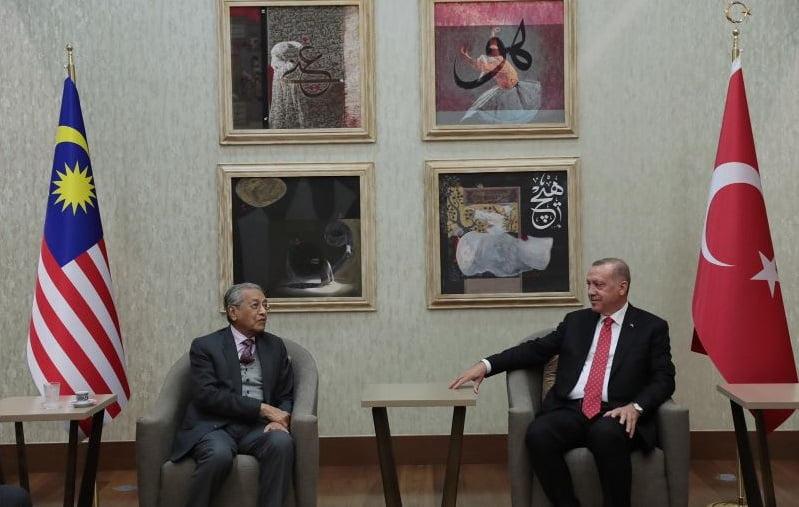 اردوغان ماهاتیر محمد2 - اعلامیه ویبسایت ریاستجمهوری ترکیه در پیوند به شایعه مرگ اردوغان