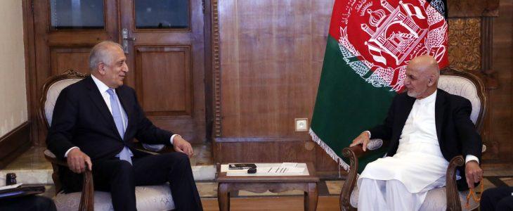اشرف غنی زلمی خلیلزاد - اشرف غنی از خلیلزاد خواست تا در کابل بماند!