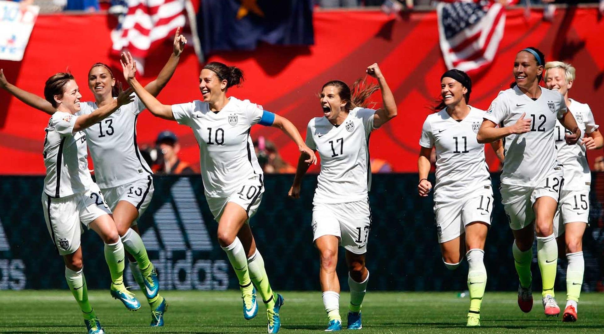 امریکا فوتبال - زنان امريكايى تاريخ ساز شدند