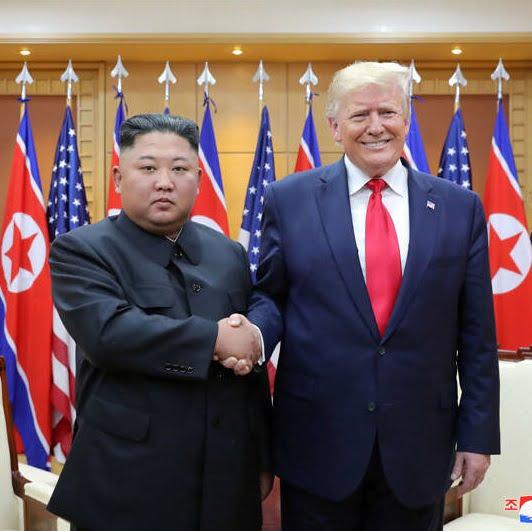 دونالد ترمپ کیم جونگ اون 3 - تصاویر/ دیدار رییسجمهوری امریکا با رهبر کوریای شمالی