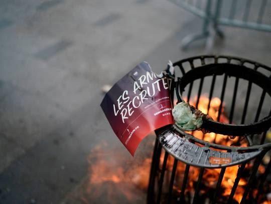 فرانسه تظاهرات1 - تصاویر/ آشوب در پاریس همزمان با روز استقلال فرانسه