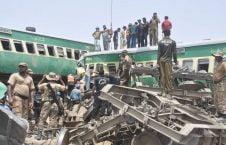 قطار پاکستان 226x145 - تصویر/ برخورد مرگبار دو قطار در شرق پاکستان