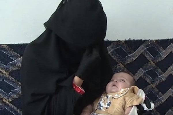نوزاد یمن2 - قربانی شدن یک نوزاد درمحاصره میدان هوایی یمن