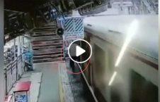 ویدیو مرد جان مبایل 226x145 - ویدیو/ مردی که جانش را فدای مبایل اش کرد!
