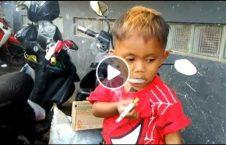 ویدیو پدر سگرت طفل لذت 226x145 - ویدیو/ پدری که از سگرت کشیدن طفلش لذت می برد!
