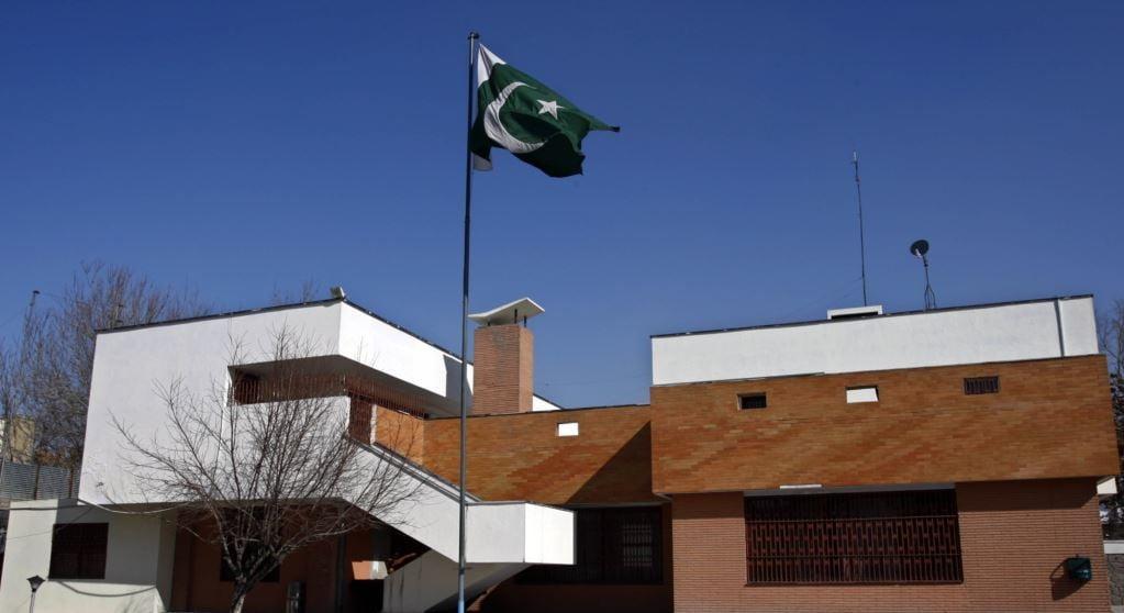 پاکستان 1 - مشکلات ویزه پاکستان برای باشنده گان افغانستان بزدوی حل خواهد شد