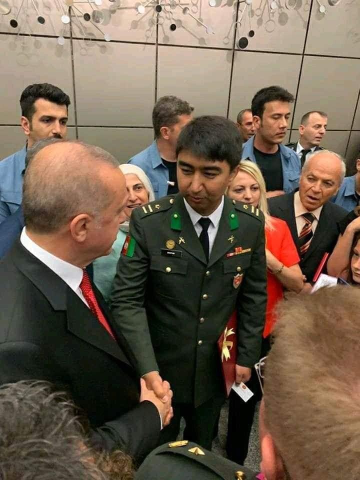 یارمحمددوستم3 - تصاویر/ فراغت فرزند جنرال دوستم از آکادمی نظامی ترکیه