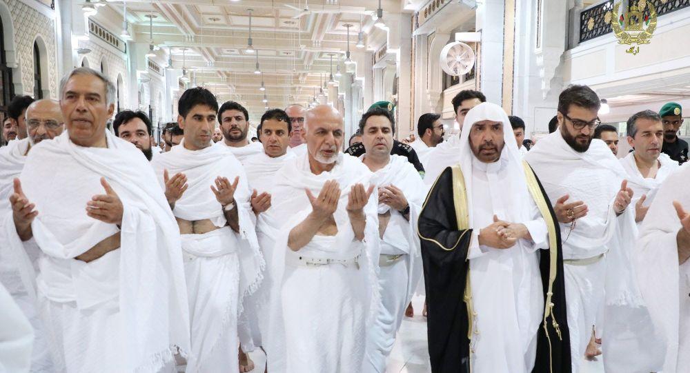 اشرف غنی 4 - تصویر/ اشرف غنی دست به دعا شد