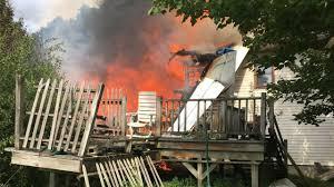 امریکا سقوط طیاره1 - تصاویر/ سقوط طیاره در ایالت نیویارک امریکا