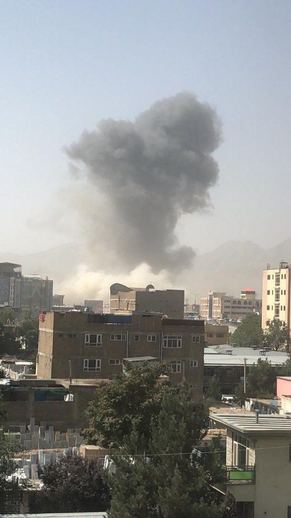 انفجار کابل 5 576x1024 - انفجار در نزدیکی پل سوخته شهر کابل به روایت تصاویر