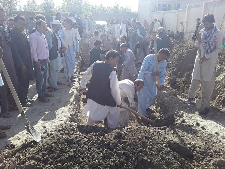 انفجار کابل1 1 - تصاویر/ خاک سپاری دسته جمعی قربانیان حادثه خونین در غرب کابل