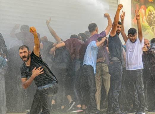 ترکیه مظاهره 12 - تصاویر/ سرکوب شدید معترضان در ترکیه