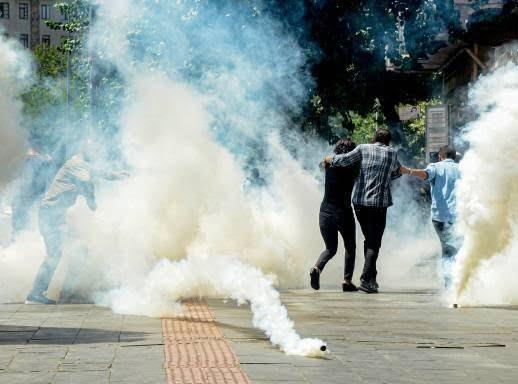 ترکیه مظاهره 2 - تصاویر/ سرکوب شدید معترضان در ترکیه
