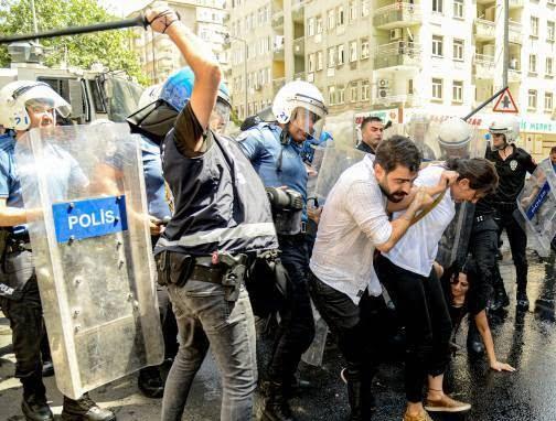 ترکیه مظاهره 6 - تصاویر/ سرکوب شدید معترضان در ترکیه