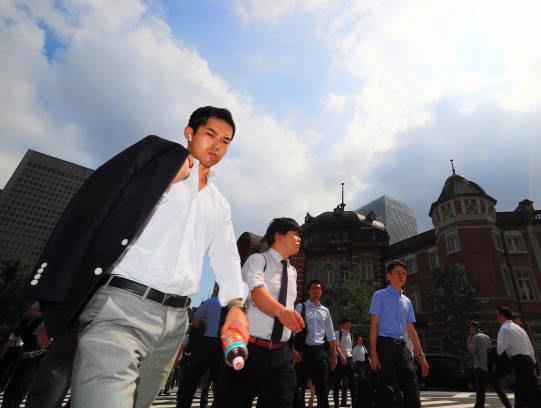 جاپان گرما 1 - تصاویر/ تلفات باشنده گان جاپان بر اثر گرما