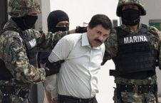 قاچاقبر 2 226x145 - تصاویری از ترسناک ترین قاچاقبر دنیا
