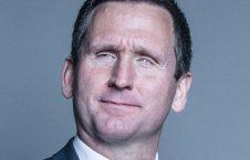 کریستوفر هولمس 226x145 - محاکمه قهرمان نابینای بریتانیایی به اتهام تجاوز جنسی