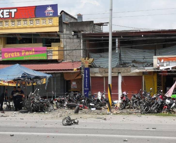 انفجار فیلیپین 4 - تصاویر/ وقوع یک انفجار خونین در فیلیپین