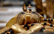 تابوت طلایی 2 226x145 - تصاویر/ تابوت طلایی فرعون