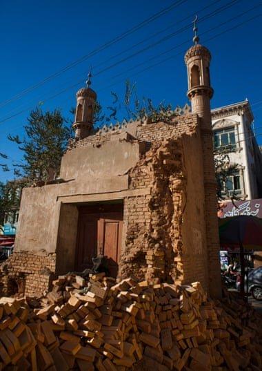 تخریب مساجد 1 - تخریب مساجد و مکان های مذهبی مسلمانان بدست حکومت چین