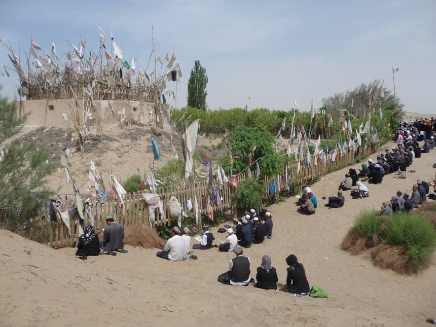 تخریب مساجد 3 - تخریب مساجد و مکان های مذهبی مسلمانان بدست حکومت چین
