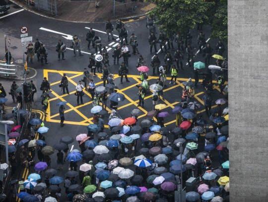 تظاهرات در هانگکانگ 3 - تصاویر/ تظاهرات در هانگکانگ با بیرق امریکا