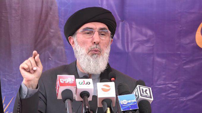 حکمتیار - گلبدین حکمتیار: گروه طالبان برحق استند!