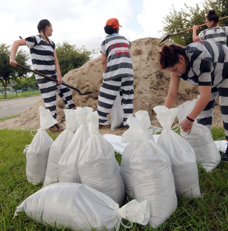 زندانی زن 3 - تصاویر/ استفاده ابزاری از زنان زندانی