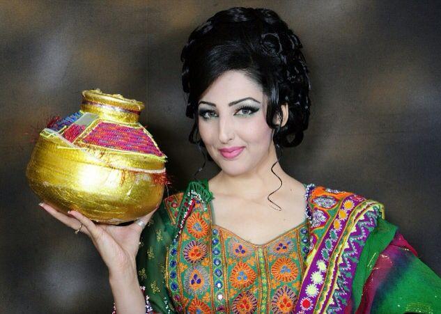 سيتا قاسمى. - کمک صد هزار دالری خواننده زن مشهور به دختران افغان
