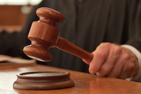 محکمه - حکم محکمه استیناف برای کمیشنران پیشین کمیسیون های انتخاباتی